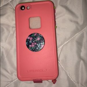 iPhone 6plus life proof case with popsocket